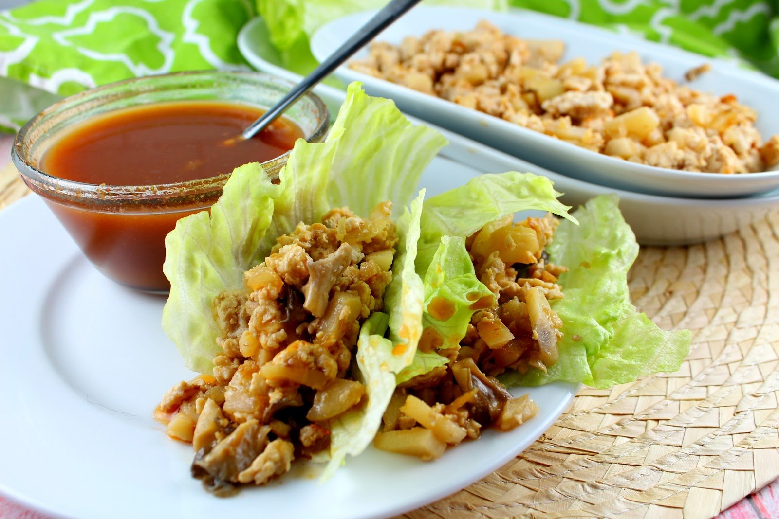 Copycat PF Chang's Lettuce Wraps are so delicious and easy to make! Plus they're quick - dinner on the table in 20 minutes! Yes Please! (And they're delicious!!!)