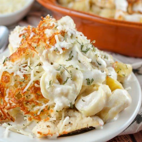 Copycat Olive Garden Chicken Tortellini Pasta Bake
