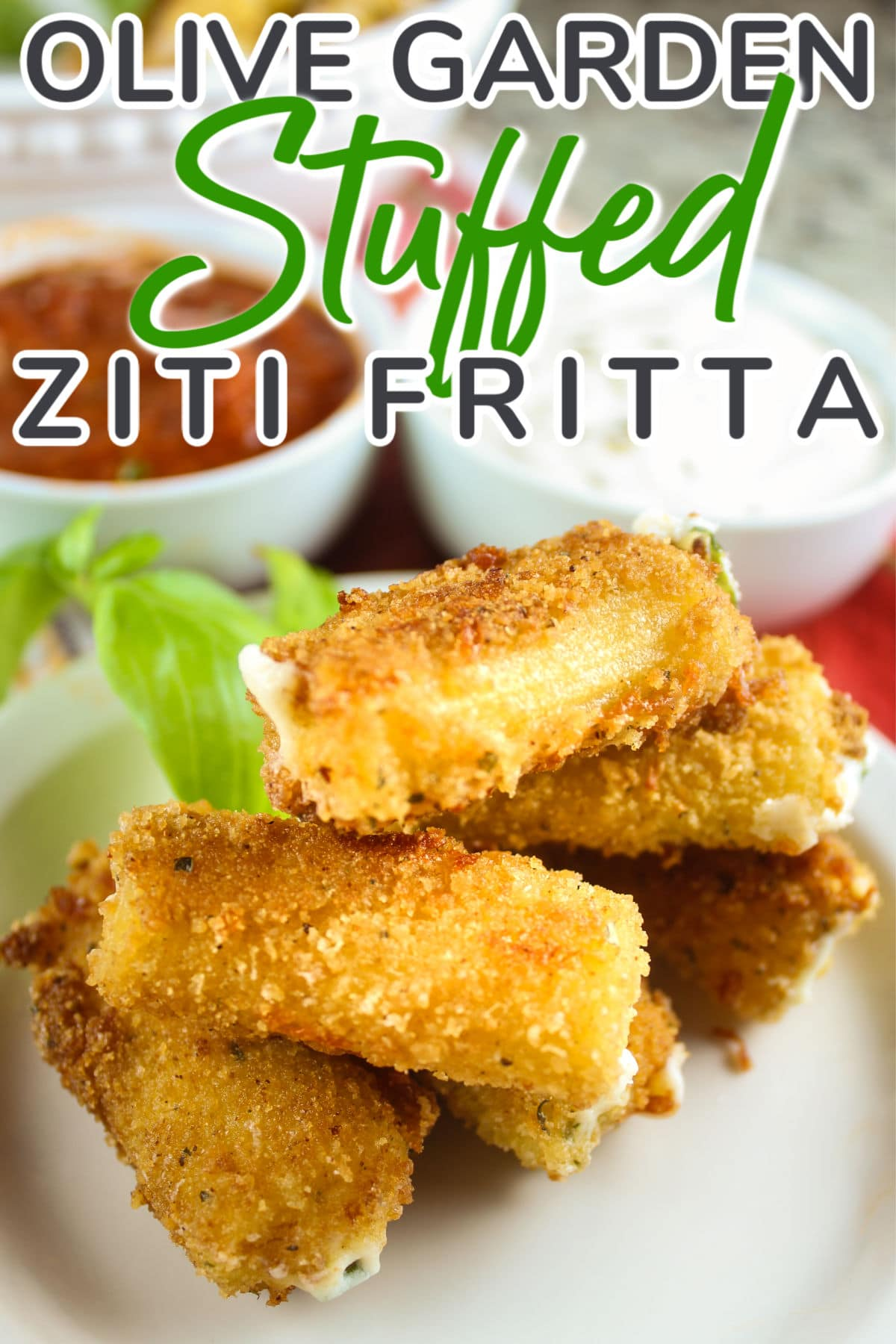 Olive Garden is clearly one of my favorite restaurants and this Stuffed Ziti Fritta is my favorite appetizer! Cheese filled noodles fried and dipped in alfredo & marinara - yum! via @foodhussy