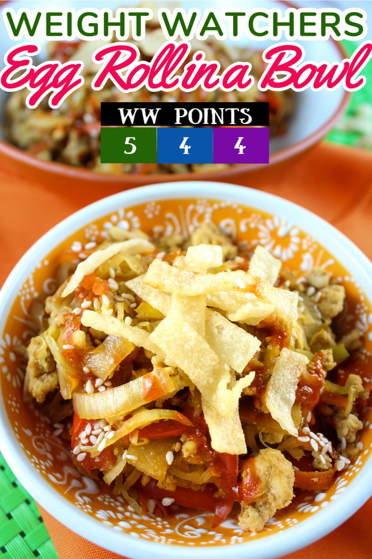 This Egg Roll in a Bowl is a new favorite! It's got all the yum of an egg roll but with so many less calories! These are only 4/5 points on Weight Watchers - which is really great for any lunch or dinner. My favorite part is the crispy wonton pieces on top - it gives that fun crunch just like an egg roll!  via @foodhussy