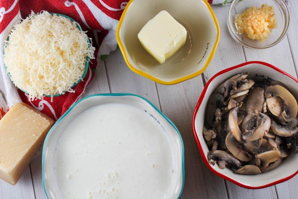 Copycat Olive Garden Creamy Mushroom Sauce