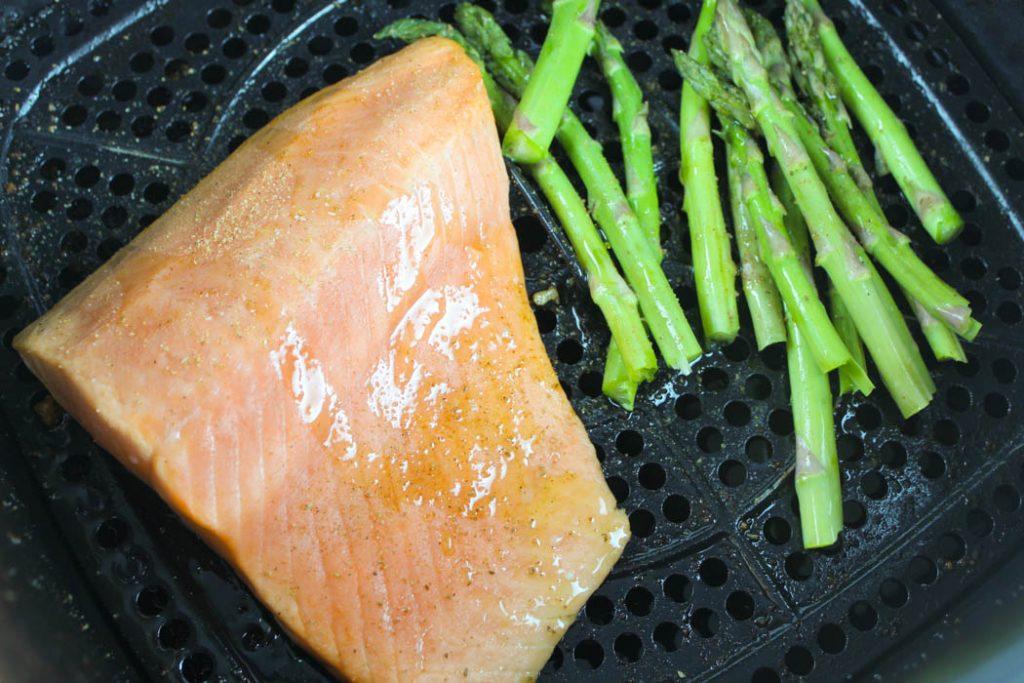 Frozen salmon in the air fryer