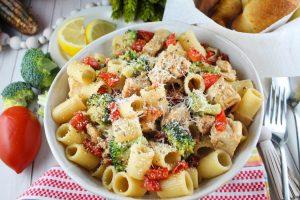 Copycat Cheesecake Factory Chicken Broccoli Pasta