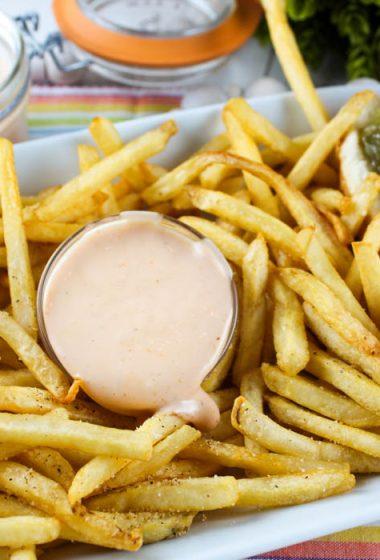 Copycat Freddy's Fry Sauce